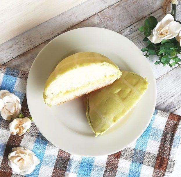 まるでメロンのようなメロンクリームパンを上からみた画像