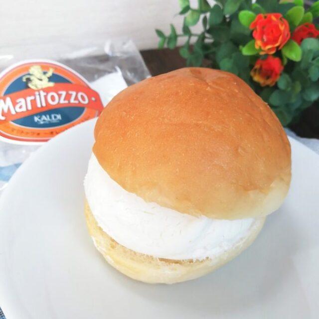 カルディのイタリアの菓子パンマリトッツオとパッケージ
