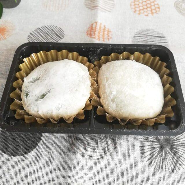 セブンイレブンの宇治抹茶小餅2個入り